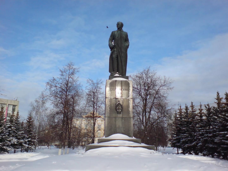 Памятник Ф. Э. Дзержинскому, Дзержинск