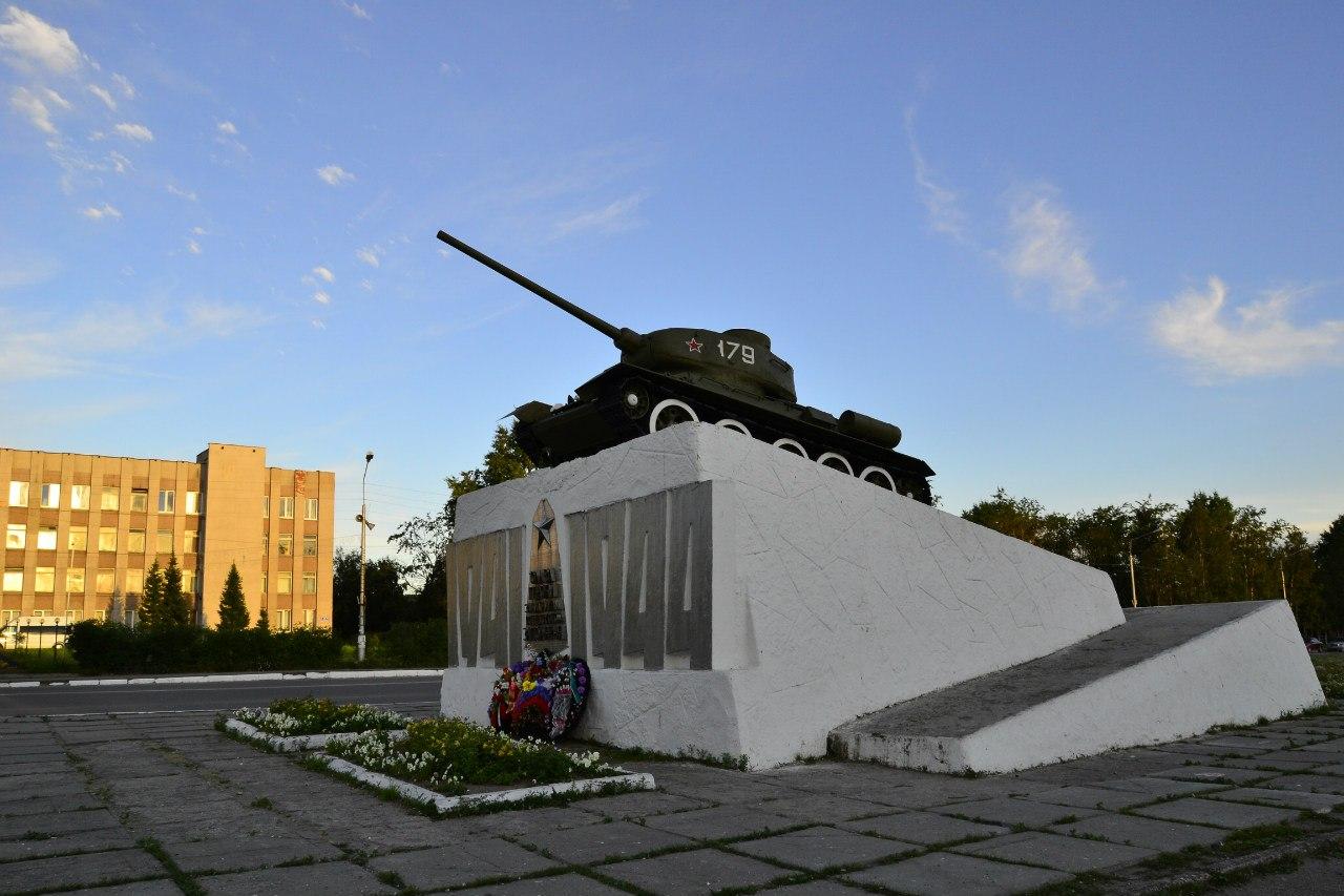 Памятник Танк Т-34, Кандалакша