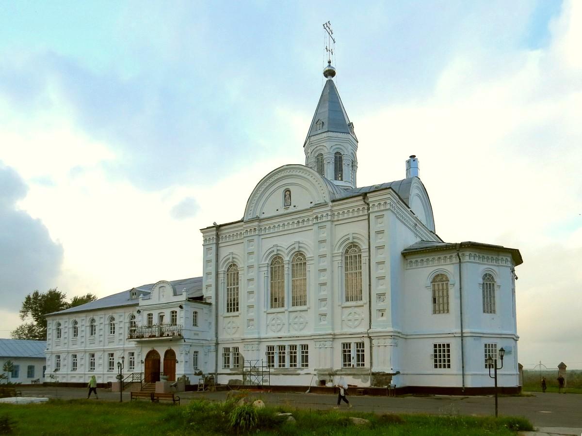 Церковь Лонгина Коряжемского в Николо-Коряжемском монастыре, Коряжма