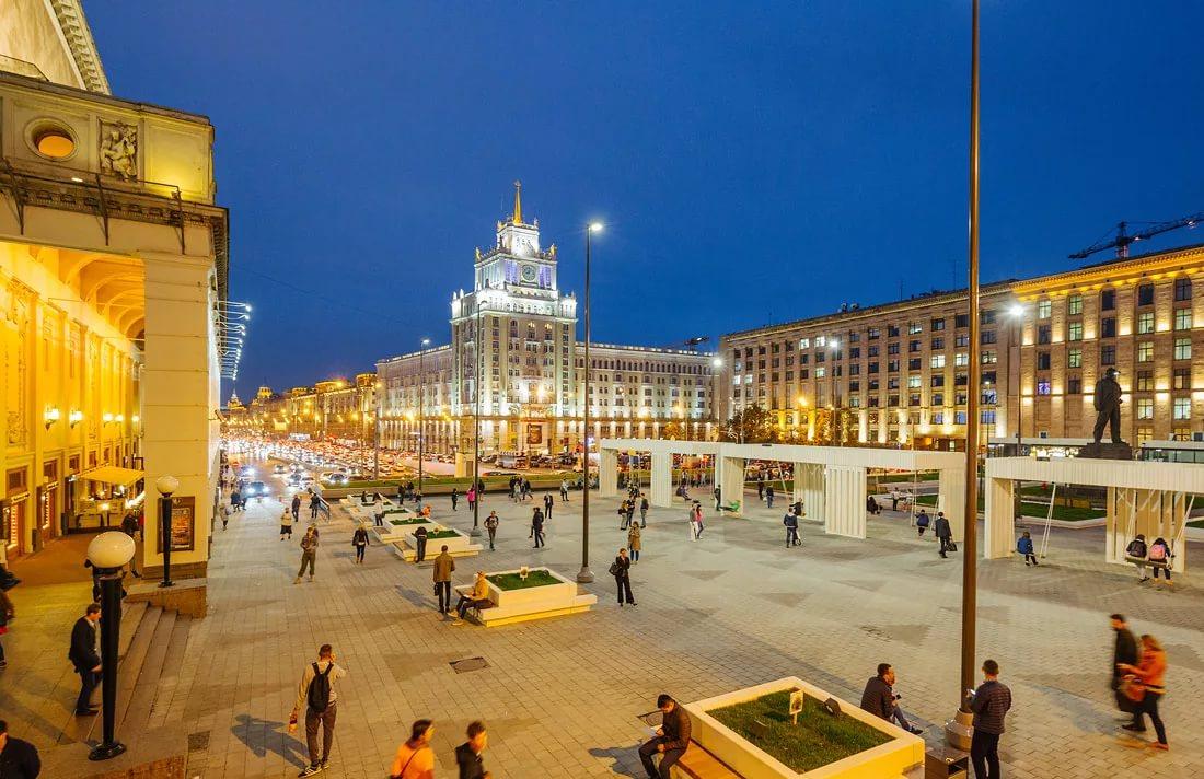 Триумфальная площадь, Москва