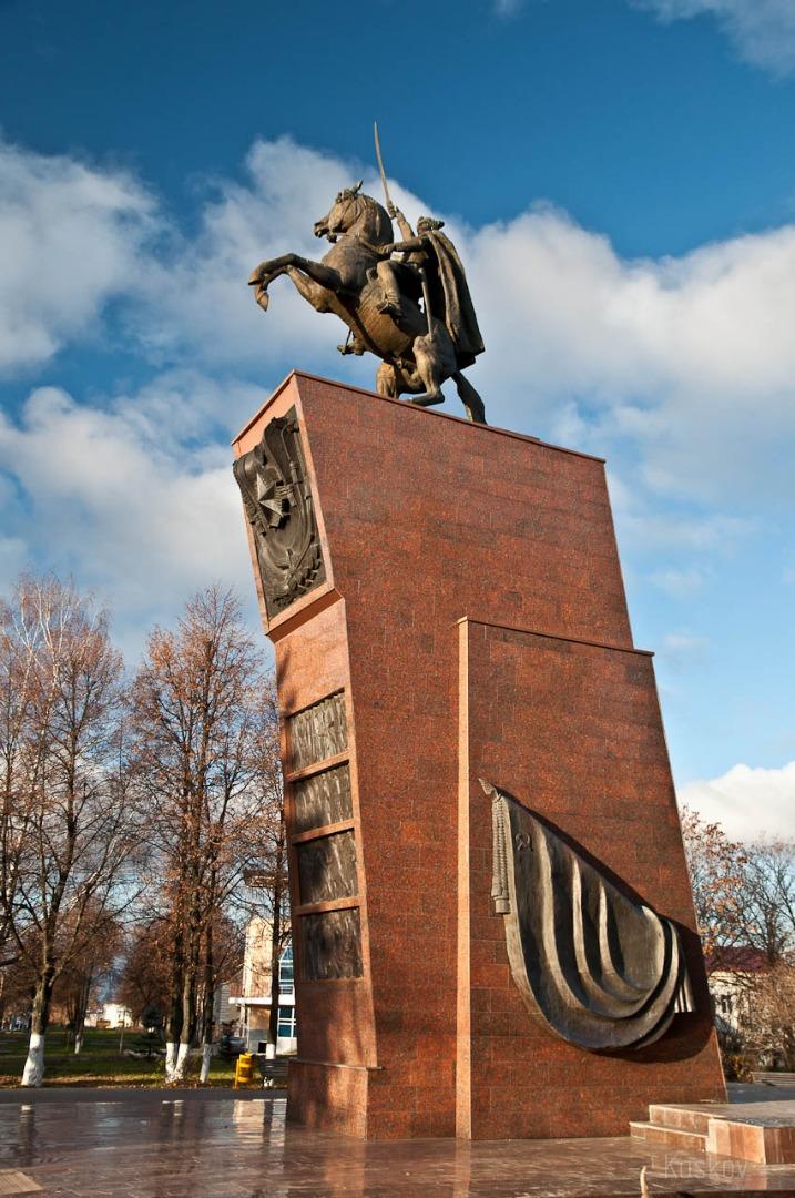 Памятник В.И. Чапаеву, Чебоксары