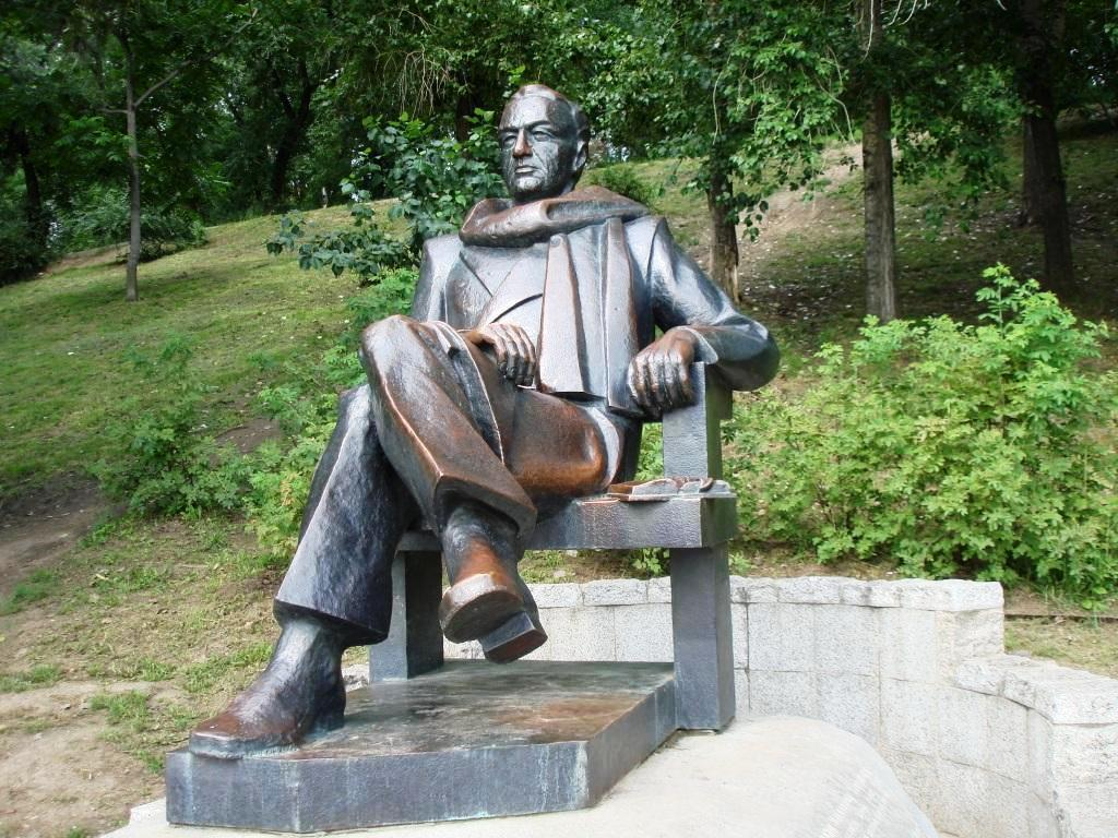 Памятник Н.П. Задорнову, Хабаровск